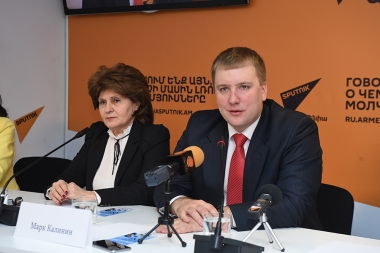 A press conference ahead of the 'Education for the 21st century' exhibition's opening took place at Sputnik Armenia press center - Photolure News Agency