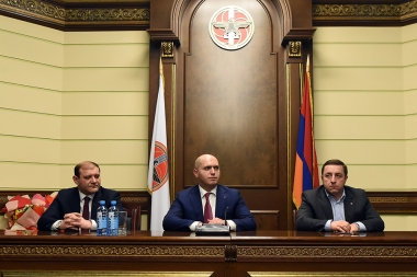 Certificates giving ceremony to the first stream of 'Andranik Margaryan' Political School took place at the Armenian Republican Party's Headquarters - Photolure News Agency
