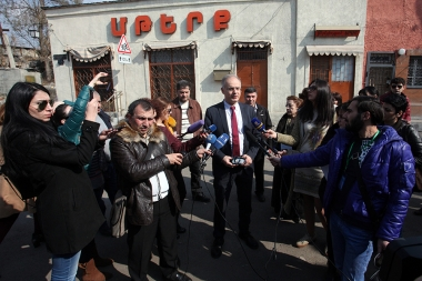 Deputy candidates of the Armenian National Congress and People's party of Armenia met residents of Kond - Photolure News Agency