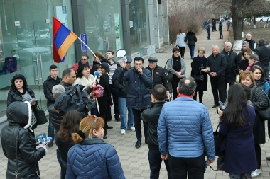 Regional candidates of the Armenian National Congress and People's party of Armenia hold their pre-election campaign in Nor-Nork District - Photolure News Agency
