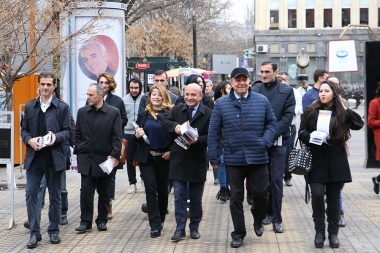 Members of 'Free Democrats' party hold a pre-election campaign from the No. 4 electoral district - Photolure News Agency
