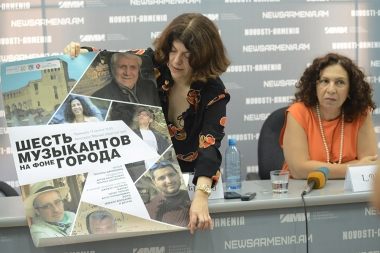 Film director Tatyana Danielyants, composer and singer Lilit Pipoyan gave a press conference dedicated to the premiere of the 'Six Musicians on the Background' documentary film at Novosti-Armenia press center - Photolure News Agency