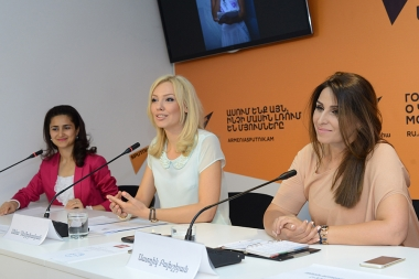 A press conference dedicated to the 'Miss Europe 2017' beauty and maternity contest took place at Sputnik Armenia press center - Photolure News Agency