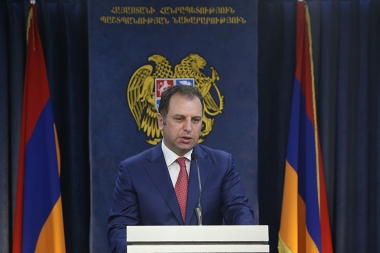 RA Minister of Defense Vigen Sargsyan gave a press conference at the administrative complex of the RA Ministry of Defense - Photolure News Agency