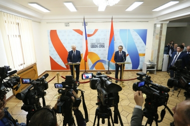 Speaker of the RA National Assembly Ara Babloyan and President of the Senate of the Parliament of the Czech Republic Milan Stech hold a briefing at the RA National Assembly - Photolure News Agency