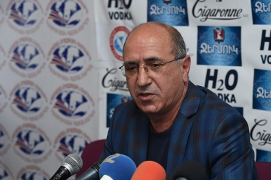 Adviser-consultant of NKR Permanent Representation Garnik Isagulyan is guest in Tesaket press club - Photolure News Agency