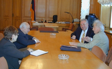 Armenia's parliament speaker Armen Khachatrian received today the chairman of the National Academy of Sciences Fadey Sargisian and academician Grigor Gurzadian - Photolure News Agency