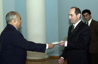 RA President Robert Kocharyan received credentials from the newly appointed Libyan Ambassador Extraordinary and Plenipotentiary to Armenia, Saleh Abdalla Salehi - Photolure News Agency