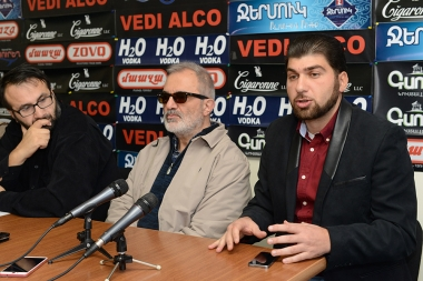 Initiative group of public and political figures who responded to Zhirayr Sevifilian's call gave a press conference in Hayeli press club - Photolure News Agency