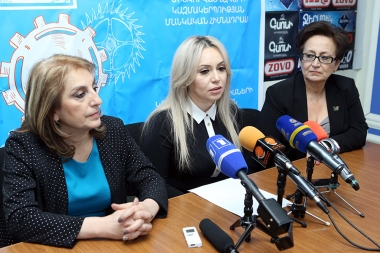 Head of the education policy development department of the RA MES Syuzanna Makyan, head of the social support department of the RA Ministry of Labor and Social Affairs Astghik Minasyan and head of the child healthcare department of the RA MOH Karine Saribekyan are guests in Hayeli press club - Photolure News Agency