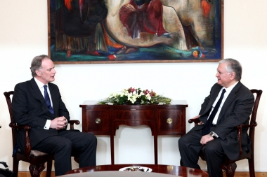 RA Minister of Foreign Affairs Edward Nalbandian received Deputy Assistant Secretary General of NATO for Defense Policy and Planning Jonathan Parish - Photolure News Agency