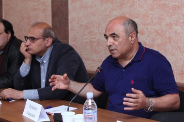 A seminar on the topic of 'Prospects of development of the political process' in frames of 'Armenia 2017-2022 realistic programs' took place at Herankar Center - Photolure News Agency