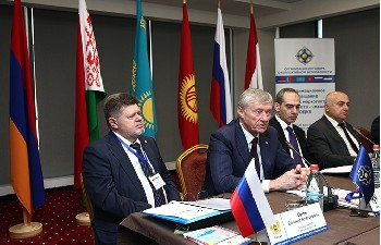CSTO Secretary General Nikolai Bordyuzha and RA Deputy Minister of Healthcare Tigran Sahakyan attended the 4th meeting of chief narcologists from CSTO member states at Opera Suite Hotel - Photolure News Agency