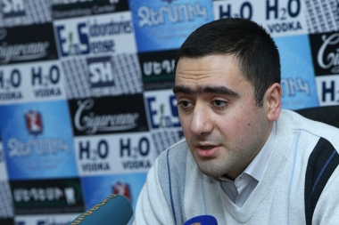Turkologist Mushegh Khudaverdyan is guest in P.S. press club - Photolure News Agency
