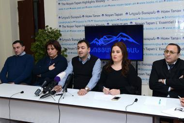 Advocates Mushegh Shushanyan, Arayik Papikyan, Tigran Hayrapetyan, Grisha Balasanyan and Nina Karapetyants are guests in Noyan Tapan press club - Photolure News Agency