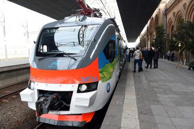 RA Prime Minister Karen Karapetyan, RA Minister of Transport and Communication Vahan Martirosyan and General Director of the South-Caucus Railway Sergey G. Valko gave the first ride on the Yerevan-Gyumri-Yerevan electric train - Photolure News Agency