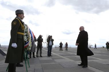 Mayor of Lyon Georges Kepenekian paid a visit to the Armenian Genocide memorial complex - Photolure News Agency