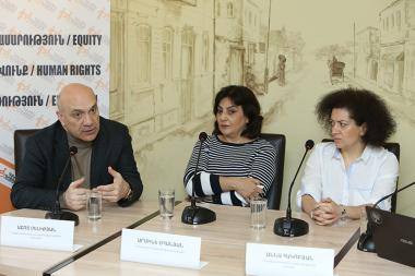 Editor-in-Chief of 'Hraparak' Daily Armine Ohanyan, Editor-in-Chief of 'Haykakan Zhamanak' Daily Anna Hakobyan Chairman of the Committee to Protect Freedom of Expression Ashot Melikyan are guests in 'Article 3' press club - Photolure News Agency