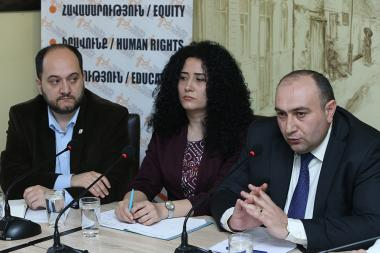 A public discussion on the topic of the 'Chumbos enter the school. Children's leisure organization or education degradation?' took place in 'Article 3' press club - Photolure News Agency