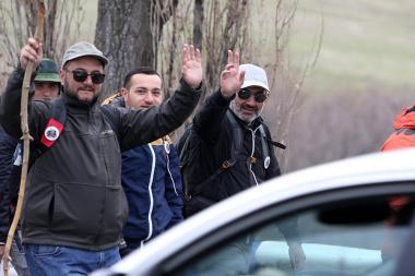 Nikol Pashinyan and members of '#MyStep' protest campaign walking from Gyumri to Yerevan (195 km), finally reached Freedom Square of Yerevan - Photolure News Agency