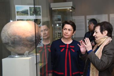 RA First Lady Nouneh Sarkissian paid a visit to the History Museum of Armenia - Photolure News Agency