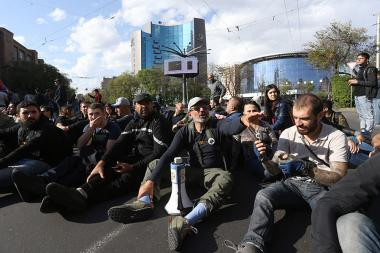 Leader of 'My Step' initiative Nikol Pashinyan and other young activists hold a protest march in Yerevan, Armenia - Photolure News Agency
