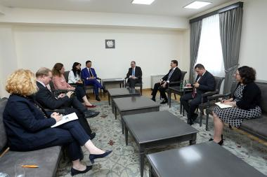 RA Minister of Foreign Affairs Zohrab Mnatsakanyan received the PACE Monitoring Committee co-rapporteurs on Armenia Giuseppe Galati and Yuliya Lovochkina - Photolure News Agency