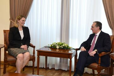 RA Minister of Foreign Affairs Zohrab Mnatsakanyan receives U.S. Deputy Assistant Secretary of State for European and Eurasian Affairs Bridget Brink - Photolure News Agency