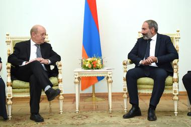 RA Prime Minister Nikol Pashinyan received Minister for Europe and Foreign Affairs of France Jean-Yves Le Drian - Photolure News Agency