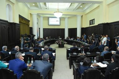 RA Government's session chaired - Photolure News Agency