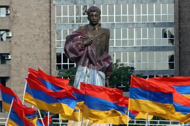 Opening ceremony of Aram Manukyan's statue took place in Yerevan, Armenia - Photolure News Agency