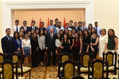 RA President Armen Sarkissian met the AGBU Yerevan Summer Practice Program participants at the RA Presidential Residence - Photolure News Agency