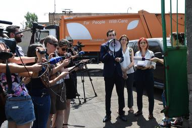 A protest action with a complaint to Sanitek took place in front of the Sanitek Company - Photolure News Agency