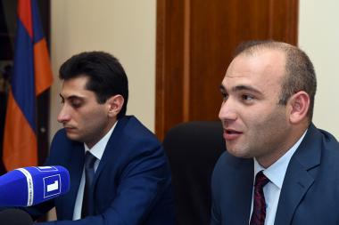 RA Deputy Minister of Diaspora Davit Sargsyan and responsible of 'Step to Home' program Hayk Yengibaryan gave a press conference at the RA Ministry of Diaspora - Photolure News Agency