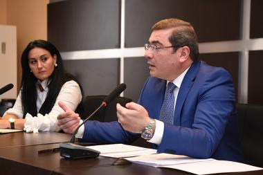 Chairman of the RA State Revenue Committee Davit Ananyan met the mass media representatives at the SRC administrative building - Photolure News Agency