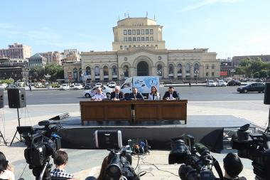 A press conference ahead of the events to be held on the 21st of September took place on Republic Square of Yerevan, Armenia - Photolure News Agency