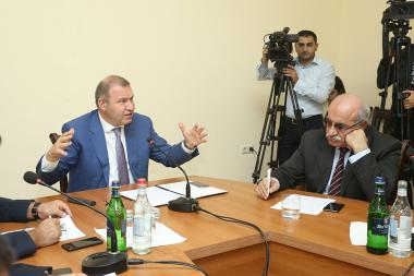The first session of the Investigation Committee to investigate the validity of gas and electricity tariffs took place at the RA National Assembly - Photolure News Agency