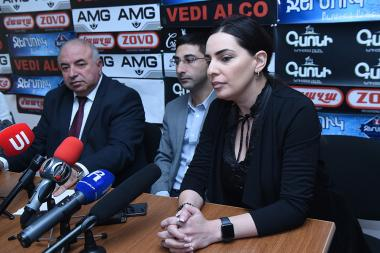 Member of the pre-electoral list of the Prosperous Armenia Party Aragats Akhoyan, member of 'Menq' (We) alliance Tehmina Vardanyan and member of the 'National Progress' party Hayk Grigoryan are guests in Hayeli press club - Photolure News Agency