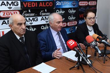 Members of the Artsakh Republic's organizing committee Aram Sargsyan, Alexander Manasyan, Larisa Alaverdyan made a statement in Hayeli press club - Photolure News Agency