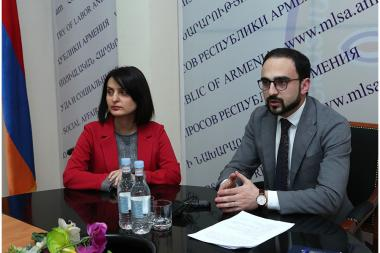 RA Deputy Prime Minister Tigran Avinyan presented the newly appointed Minister of Labor and Social Affairs Zaruhi Batoyan - Photolure News Agency