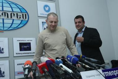 Blogger Alexander Lapshin gave a press conference at 'Armenpress' state news agency - Photolure News Agency
