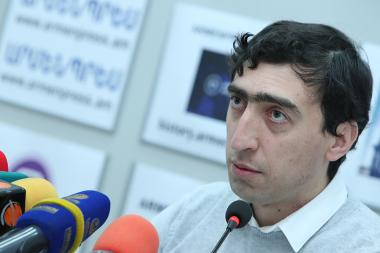 Head of the Higher Education Qualification Committee of the RA Ministry of Education and Science Smbat Gogyan gave a press conference at 'Armenpress' state news agency - Photolure News Agency