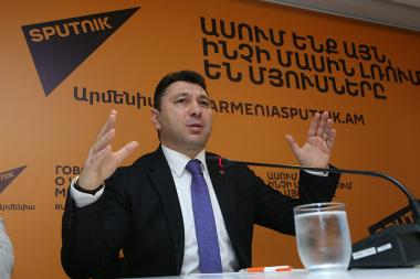 Speaker of the Republican Party of Armenia Eduard Sharmazanov gave a press conference at the Sputnik Armenia press center - Photolure News Agency