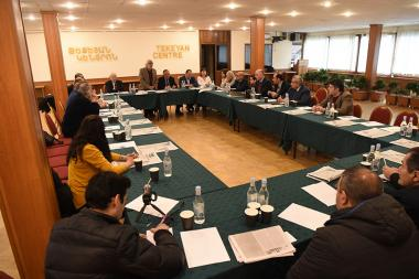 A round table discussion on the topic of 'The role of Diaspora in the political life of Armenia' took place at Tekeyan Centre Fund - Photolure News Agency