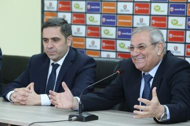 Technical director of RA Football Federation Gines Melendez gives a press conference at the Vazgen Sargsyan Republican Stadium's press center - Photolure News Agency