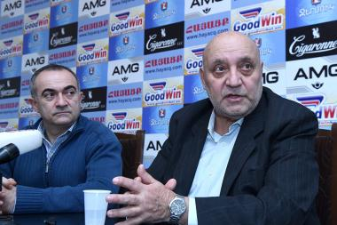 Tevan Poghosyan and professor Ruben Aghuzumtsyan are guests in Hayatsk press club - Photolure News Agency