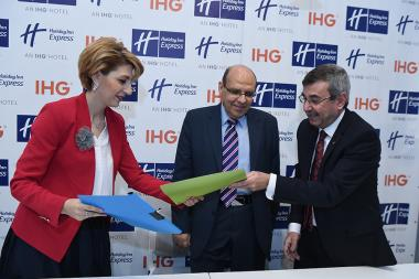Ambassador of Egypt to Armenia Bahaa el-Bahgat Daisuki and members of the Board of the Armenian-Egyptian Business Association and the International Business Relations Council presented a number of projects for the economic consolidation and development of the two states at Holiday Inn Express Yerevan Hotel - Photolure News Agency