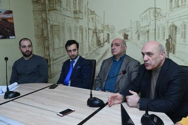 Chairman of the Committee to Protect Freedom of Expression Ashot Melikyan, head of Yerevan Press Club Boris Navasardyan, coordinator of the 'Union of Informed Citizens' NGO Daniel Ionnisyan and lawyer Rafayel Ishkhanyan are guests in 'Article 3' press club - Photolure News Agency