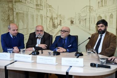 Ambassador Extraordinary and Plenipotentiary Arman Navasardyan, MP Mikayel Zolyan, Director of the Caucasus Institute Alexander Iskandaryan and political scientist Styopa Safaryan are guests in 'Article 3' press club - Photolure News Agency