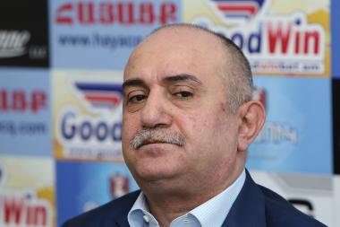 Hero of Artsakh, former commander of the NKR Defense Army Samvel Babayan is guest in Hayatsk press club - Photolure News Agency